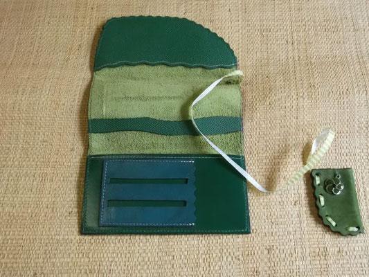 Blague à tabac Cuir veau/suèdine cousu main (Sellier) modèle unique 45€
