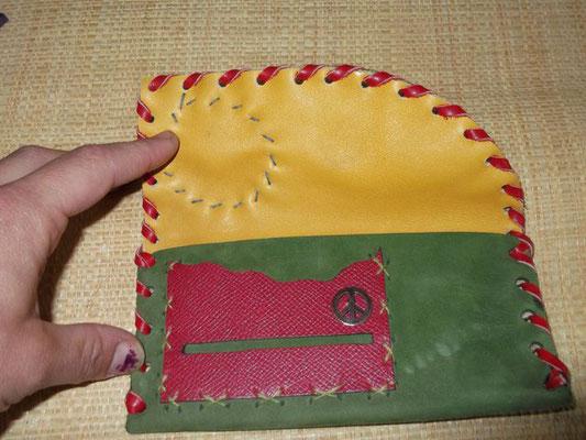 Blague à tabac Cuir veau cousu main (Lacée) modèle unique  40€