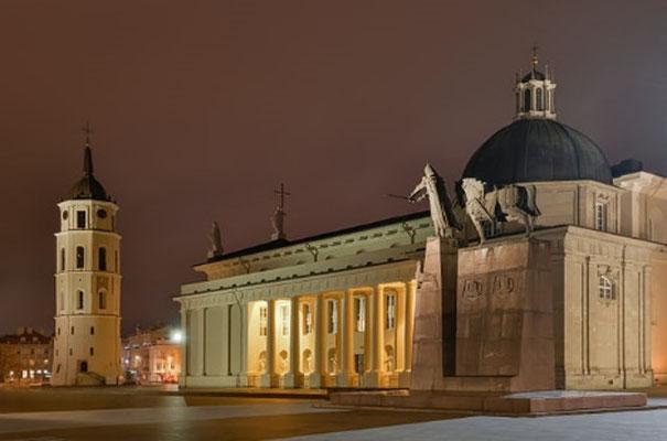 リトアニア、ビリニュス 世界遺産ビリニュス歴史地区 ビリニュス大聖堂 オウレリウス・ジーカス氏提供