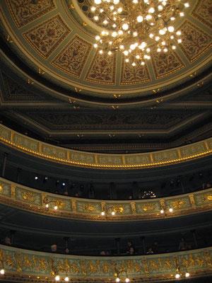ラトビア、リーガ ラトビア国立劇場 天井 2008年2月17日 志摩園子氏撮影