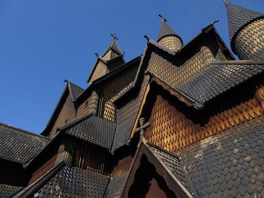 ヘッダール・スタープ教会       テレマルク地方にある、13世紀に建立された木造教会     2021年8月 松村一氏撮影
