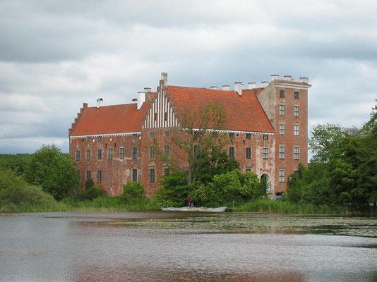 スヴァーネホルム城  2005年8月 松村一氏撮影   「ニルスの不思議な旅」にも登場するスコーネ地方に残る16世紀の城