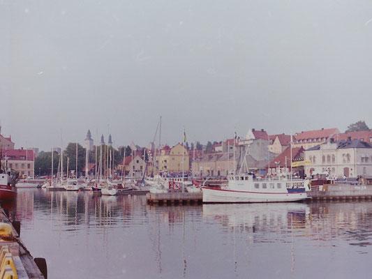 ゴットランド島の中心地ヴィスビィ       1992年7月 松村一氏撮影   ハンザ同盟時代の街並みを残すヴィスビィは世界文化遺産に登録されている
