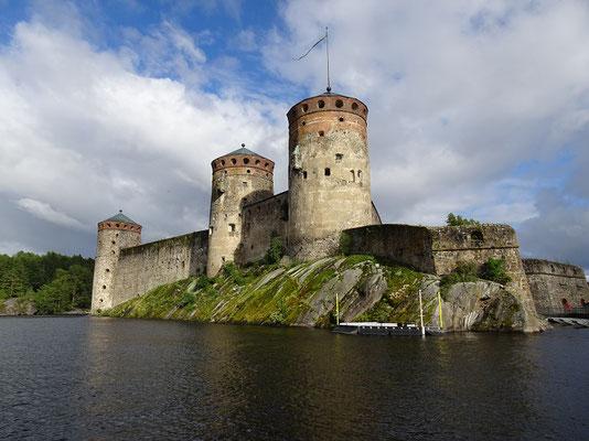 オラヴィ城    2019年8月 松村一氏撮影    フィンランド東部のサヴォンリンナにある城塞