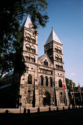 ルンド大聖堂     2003年4月 松村一氏撮影  スウェーデン南部の町ルンドにある12世紀に建立された大聖堂