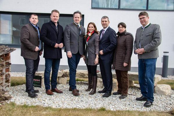 Foto: MR, vlnr: Peter Schmiedlechner, Walter Rauch, Johannes Schmuckenschlager, Carmen Jeitler-Cincelli, Gernot Ertl, Maria Krapf, Martin Schober