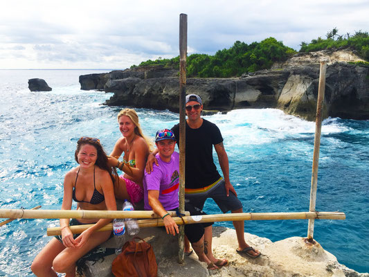 Lembongan - Cliff Diving