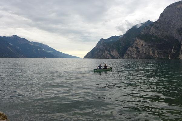 Die ersten Meter auf dem Wasser.