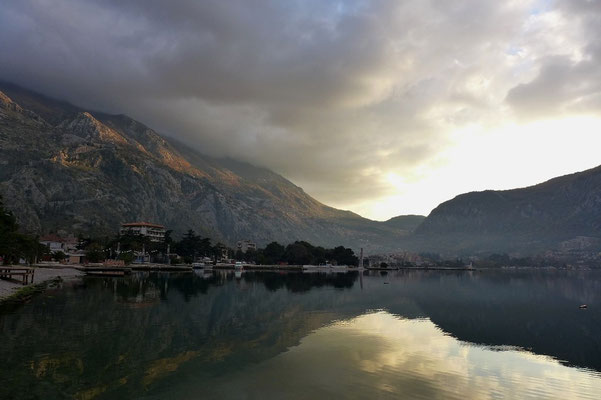 but the sun goes down early in Kotor