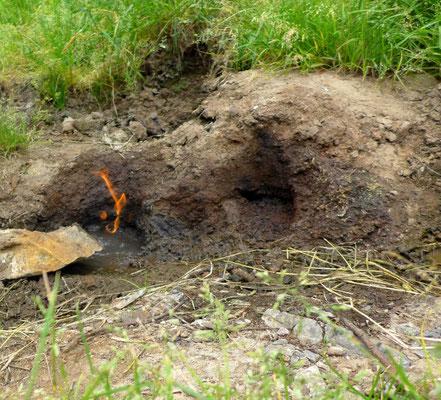 An anderer Stelle kann man sogar brennendes Wasser finden!!!