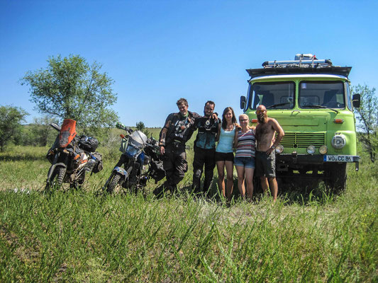 The Enduro Nomads