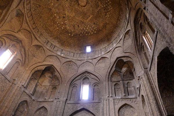 wurde über mehr als 1000 Jahre immer erweitert.