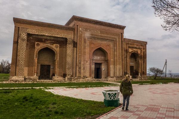 Uzgen, drei Mausoleen aus dem 12. Jhd.