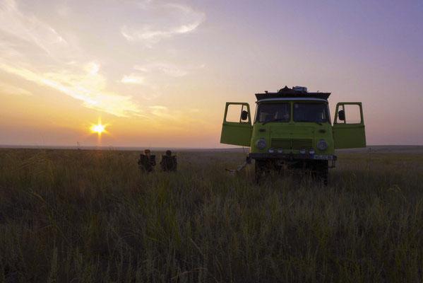 Die Kazachische Steppe ist ein einziger riesen großer Stellplatz.