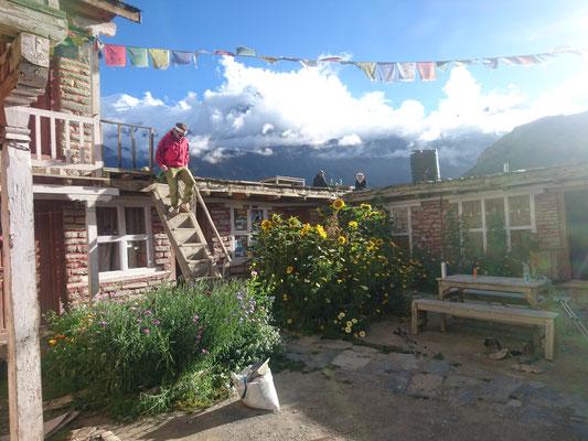 Auf dieser unglaublichen Hütte verbringen wir Ann-Katrin's Geburtstag.