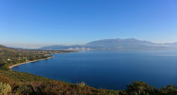 Die Brücke zur Halbinsel Peloponnes
