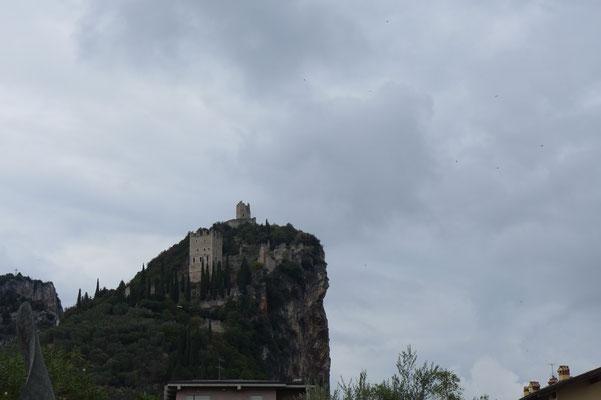 ziemlich coole Burg über mehrere Etagen