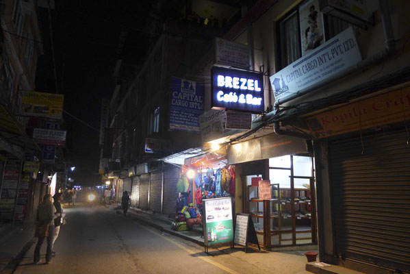 Auch in Nepal gibt es Brezel, natürlich nicht so lecker wie die aus Herxheim, aber gut.