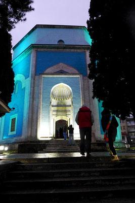 Die grüne Moschee. Ob grün oder blau... darüber lässt sich streiten.