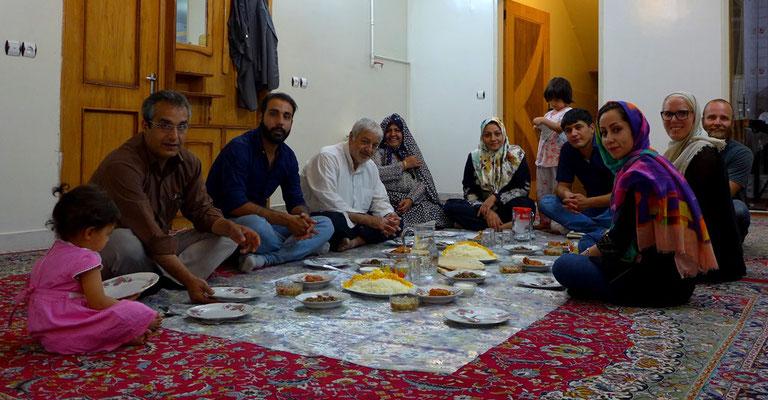Familie von Mir. Reza