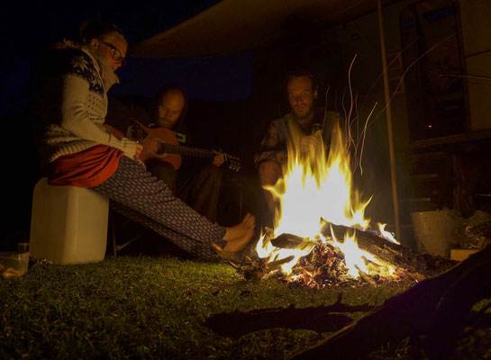 Lagerfeuerromantik ist immer super!