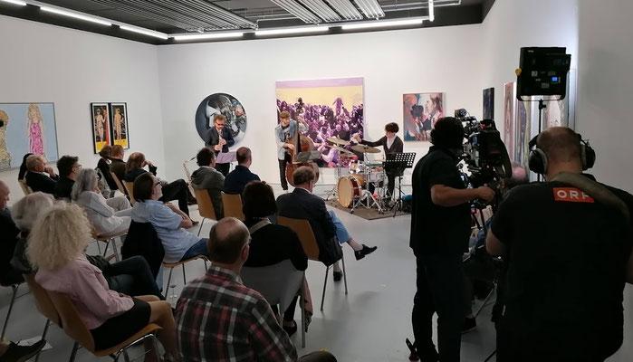 """Jazz-Konzert mit """"ZNAP"""" inmitten der Ausstellung"""