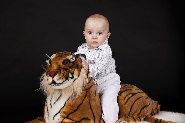 Babyshooting, Kreative Babyfotografie Neugeborenen-Bilder.jpg