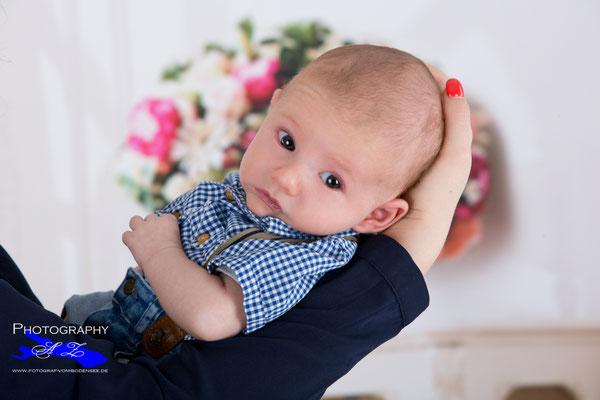 Neugeborenen - Fotografie - Newborn - Photography - Neugeborenen - Shooting - Babyfotografie  - Baby - Fotoshooting - #Bad Saulgau - #Ravensburg, #Sigmaringen, #Mengen, #Riedlingen.jpg