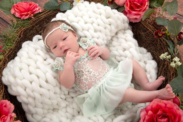 neugeborenen-fotografie, neugeborenen-shooting, baby-fotografie, newbornshooting babyphotography, Bad Saulgau, Ravensburg, Sigmaringen, Friedrichshafen