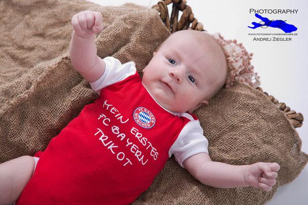 Babyshooting, Kreative Babyfotografie Neugeborenen Fotos.jpg