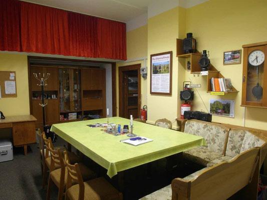 Clubraum / Küche / Büro