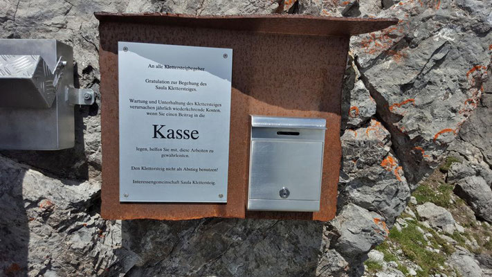 Kasse und Wandbuch...