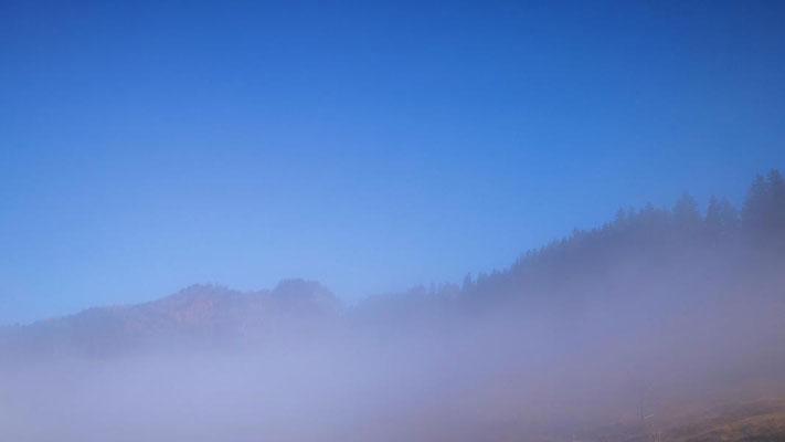 da kommt der blaue Himmel durch