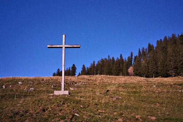 """das """"Gipfelkreuz"""" gar nicht ganz oben"""