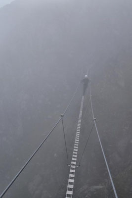 Yvonne erst im dichten Nebel...