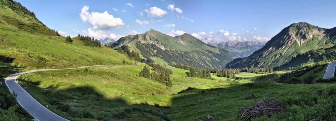 welch herrliches Bergpanorama!
