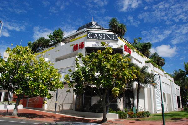 Reef Casino Hotel - ケアンズにはカジノもあります。