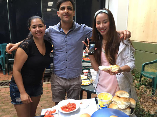 Oxford House College - Courtyard Breakfast 2016年9月2日