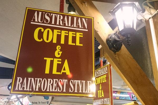 Cairns Night Market - Yayoiさんが働いているお店の看板