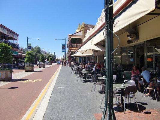 Fremantle City - スペインの港町を思わせる趣ある街並みは、19世紀開拓時代の面影を今なお多く残す
