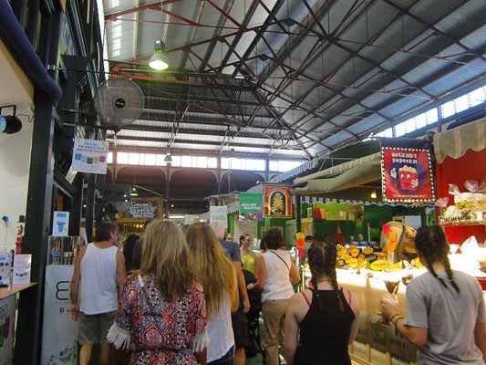 Fremantle Markets - フリーマントルのお土産を買うこともできます。