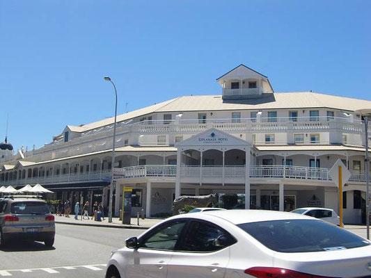 Fremantle Esplanade Hotel - フリーマントル エスプラネードホテル