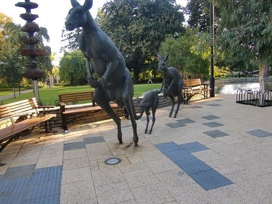 Stirling Gardens - セントジョージズテラス沿いにある公園です。