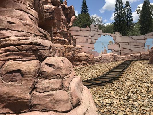 Gold Coast - Movie World Kid's WB! Fun Zone Yosemite Sam Railroad キッズ WD!ファンゾーン ヨセミテ サム レイルロード