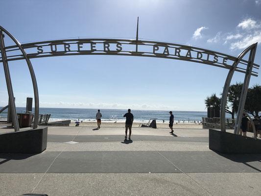 Gold Coast - Surfers Paradise サーファーズ パラダイス