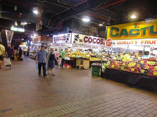 Adelaide Central Market - セントラルマーケットでは新鮮な野菜やフルーツを買うことができます