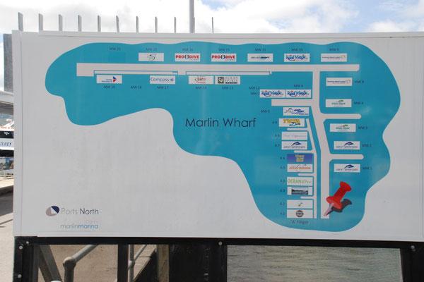 Marlin Marina - グレートバリアーリーフに向かう、日帰りツアーの船の発着場所の地図