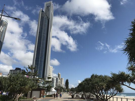 Gold Coast - Surfers Paradise サーファーズ パラダイス エスプラネード