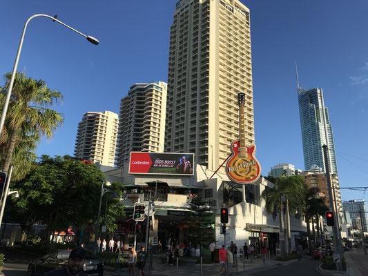 Gold Coast - Surfers Paradise Hard Rock Cafe サーファーズ パラダイス ハードロックカフェ
