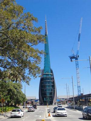 The Bell Tower Home of the Swan Bells Perth - オーストラリア開拓200周年を記念して造られたそうです。中に入ってタワーに上ることもできるそうです。
